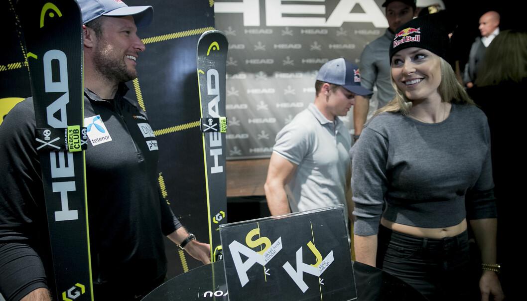 GOD STEMNING: Aksel Lund Svindal fikk fram smilet hos Lindsey Vonn i forkant av verdenscupåpningen i alpint til helgen. Foto: Bjørn Langsem