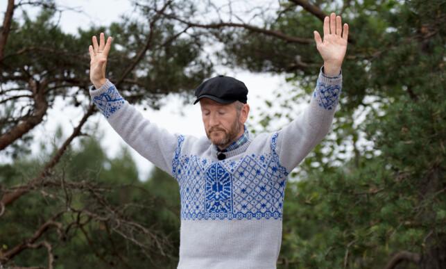 FÅR EN NY UKE PÅ GÅRDEN: Nordlendingen Geir Magne Haukås (47) var uslåelig i kveldens tvekamp mot Tom Evensen (42). Her skjønner han at seieren er innen rekkevidde. Foto: Alex Iversen / TV 2