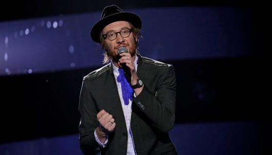 EDM: Adam valgte å fremføre «False Alarm» som første sang. Den har han sunget også tidligere i sesongen. Foto: Julia Marie Naglestad / NRK