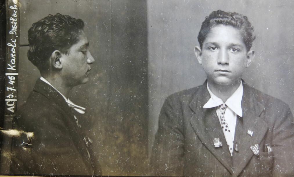 <strong>FOTOGRAFERT I BELGIA:</strong> En 16-årig Milos Karoli, fotografert av politiet i Brussel kort tid etter frigivelsen fra nazistenes utryddelsesleir. <br>Foto: Archives générales du Royaume