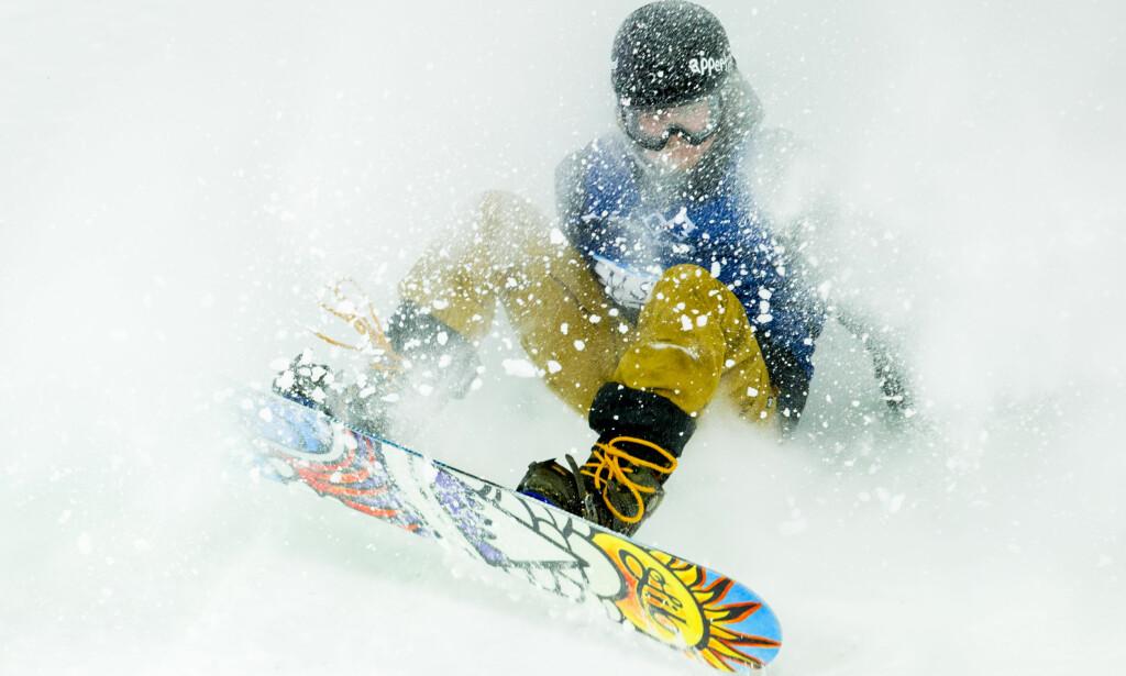 KOM TILBAKE: Den svenske snowboarderen Måns Hedberg pådro seg et brudd i nakken i mars. Nå er han klar for OL. Foto: Vegard Wivestad Grøtt / NTB scanpix