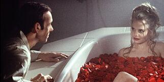 image: Leter med lupe etter svar i Kevin Spaceys 17 år gamle kryptiske Oscar-tale