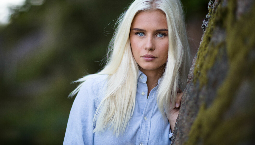UPASSENDE TILBUD: «Farmen»-profil Amalie Snøløs sier i et intervju med VG at hun har fått tilbud om å spille i en pornofilm - noe hun selvsagt takket nei til. Foto: Alex Iversen/ TV 2