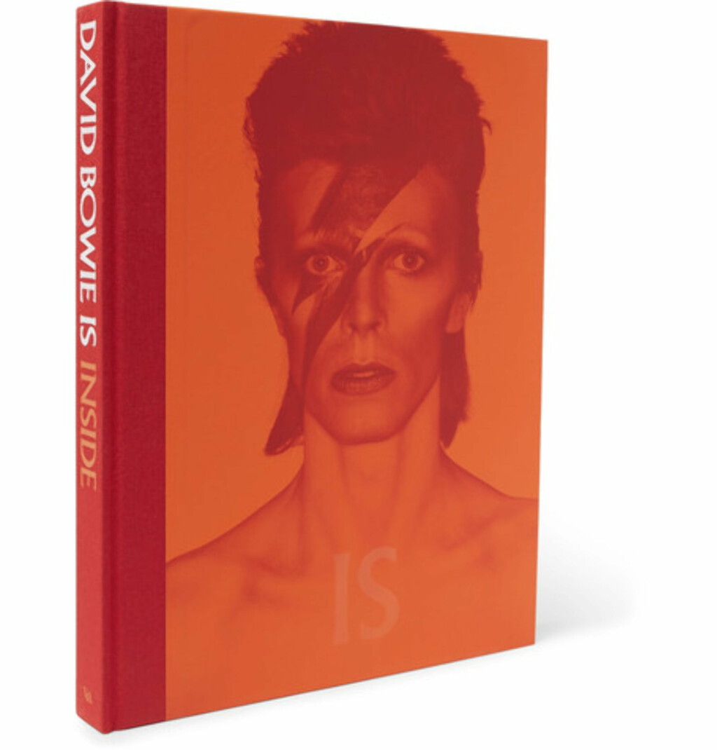 Bok: David Bowie via Mr Porter |387,-