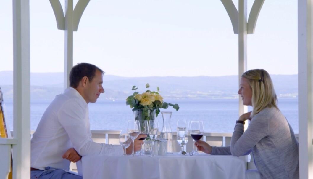 <strong>ROMANTISK:</strong> Ingvar Alstad og Hanne Molde spiste middag på et hotell, da de var på date. Foto: TV 2