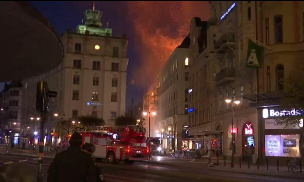 BRANN: Politiet fikk melding om brannen tirsdag morgen. Foto: Reuters / NTB Scanpix