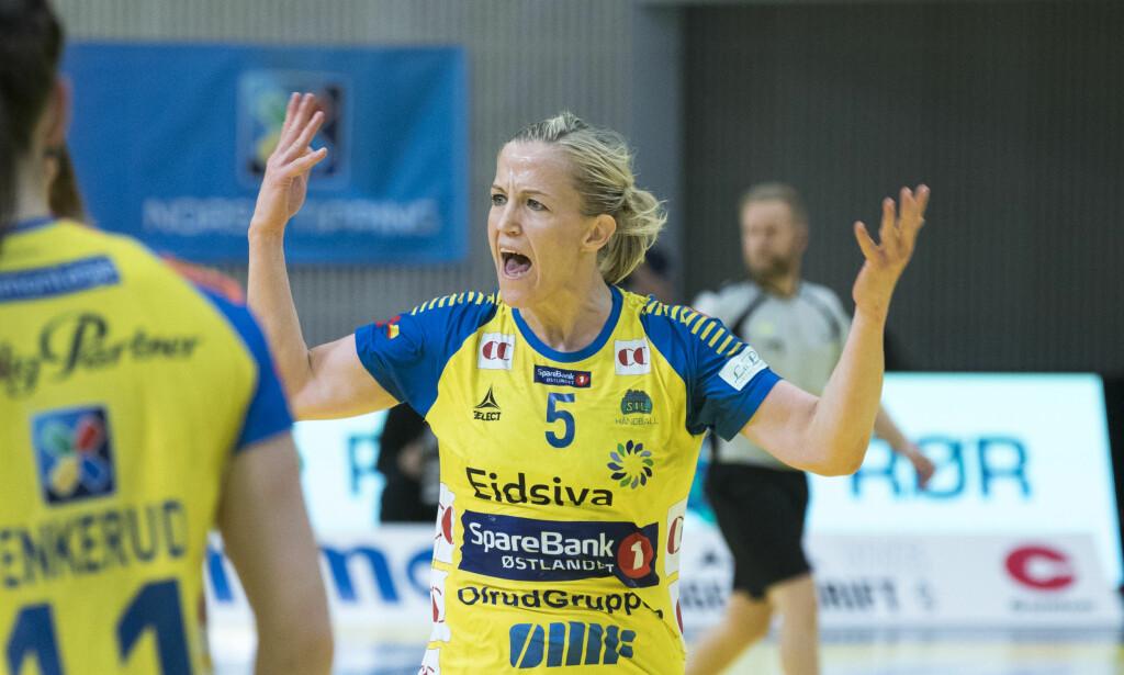 FRUSTRERT: Heidi Løke var ikke fornøyd etter kampen mot Larvik. Her fra en tidligere anledning. Foto: Terje Pedersen / NTB scanpix
