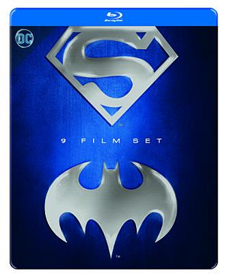 <strong>MYE FOR PENGA:</strong> Denne boksen inneholder ni klassiske spillefilmer om Superman og Batman.