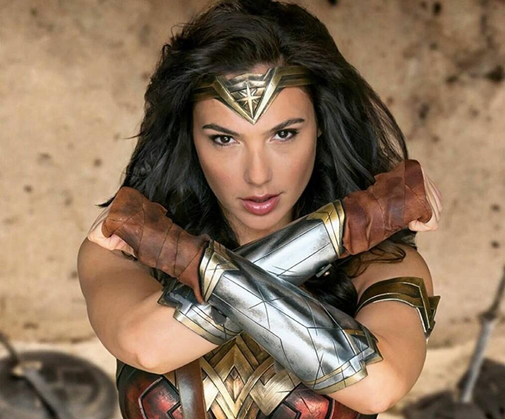 <strong>HÅNDFAST DAME:</strong> Wonder Woman i Gal Gadots skikkelse. Hard trening og gudegaver har gjort henne relativt uovervinnelig i nevekamp.