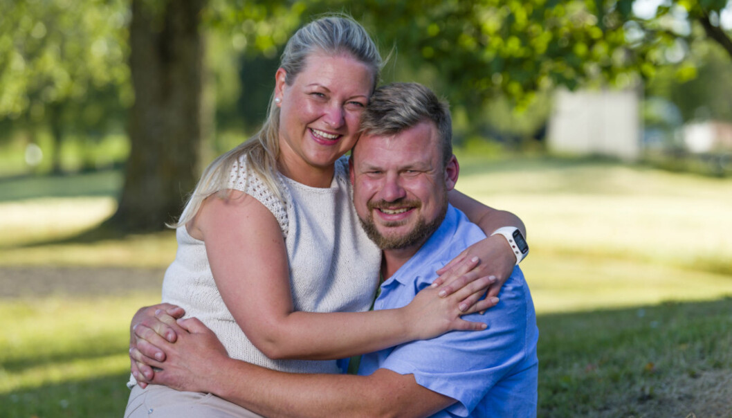 KJÆRESTER: Erik Grytnes spurte sin frier Maria Bjørndal om hun ønsket å gå inn i et forhold med ham, noe sistnevnte ikke ventet lenge med å svare ja på. Foto: TV 2