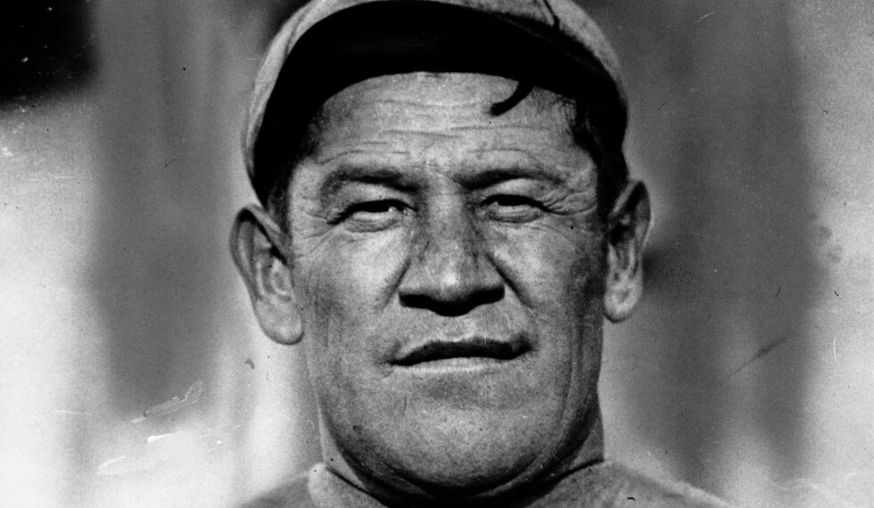 SUPERATLETEN: Han er en av historiens aller største idrettsatleter. Muligens er han den største av alle. Men livet hans ble ikke enkelt. Foto: NTB Scanpix