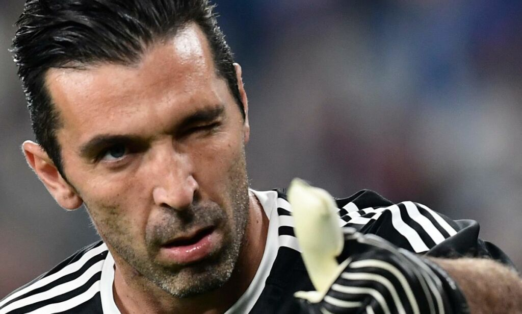 image: Allegri forsvarer Buffon
