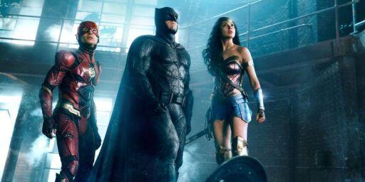 image: Kostymene i «Justice League» blir slaktet: - Dekk til de vitale organene deres når dere skal slåss