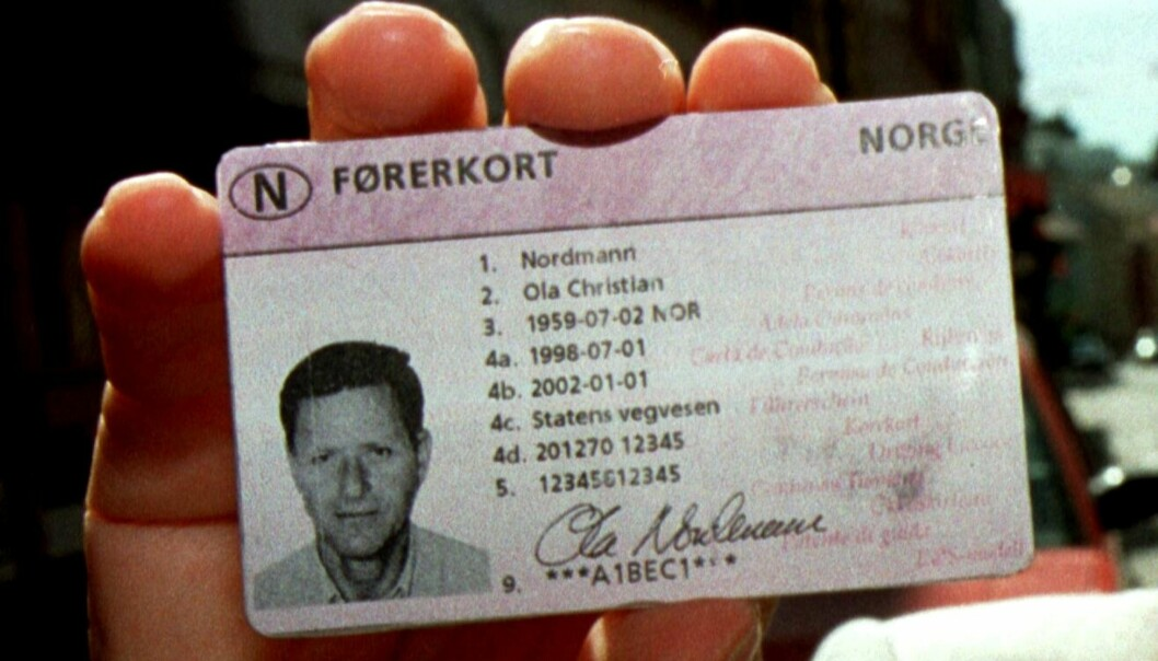 <strong>GOD TID:</strong> Fristen for å bytte ut førerkortet som kom i 1998, er ikke før 2033. Foto: NTB Scanpix