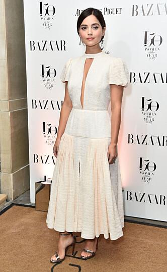 STRÅLTE: Jenna Coleman er blitt en stor kjendis både i og utenfor Storbritannia. Her er hun på «Women of the Year»-utdelingen i London tidligere denne måneden. Foto: NTB Scanpix