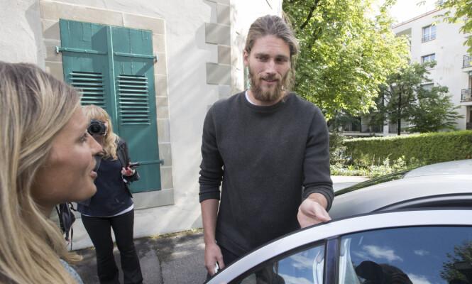STØTTE: Kjærestens Nils Jakob Hoff har vært en viktig støttespiller for Therese den siste tiden. Foto: NTB Scanpix