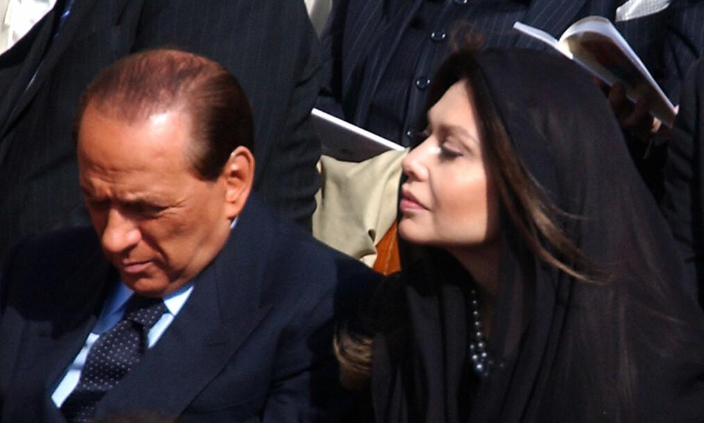 VANT I RETTEN. Berlusconis ekskone, Veronica Lario, er dømt til å tilbakebetale 580 millioner til den tidligere italienske statsministeren. Foto: AP