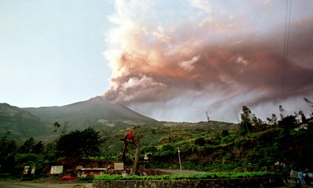 EVAKUERING: 16 000 mennesker ble evakuert da Tungurahua våknet til liv i 199. Foto: NTB Scanpix