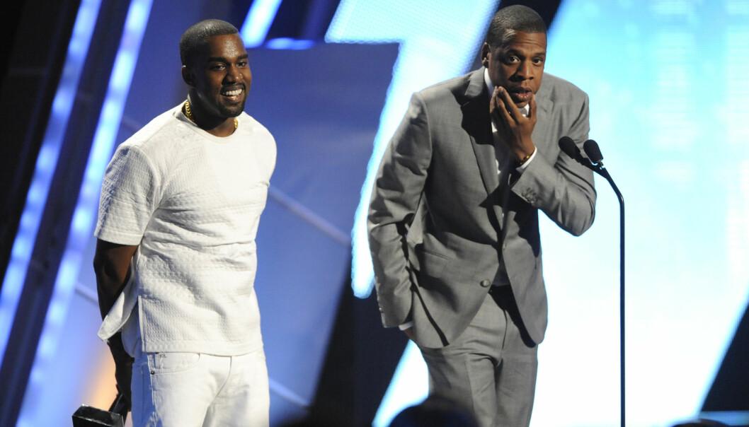 KOMPISER: Kanye West og Jay Z skal ha hatt sine problemer, men er likevel kjent som to av musikkbransjens beste kompiser. Her er de på BET-utdelingen i 2012. De har blant annet gitt ut albumet «Watch The Throne» sammen, og turnerte med det. Turneen var innom Norge. Foto: NTB scanpix