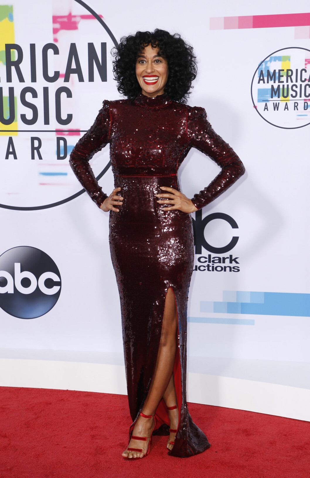 AMERICAN MUSIC AWARDS: Tracee Ellis Ross