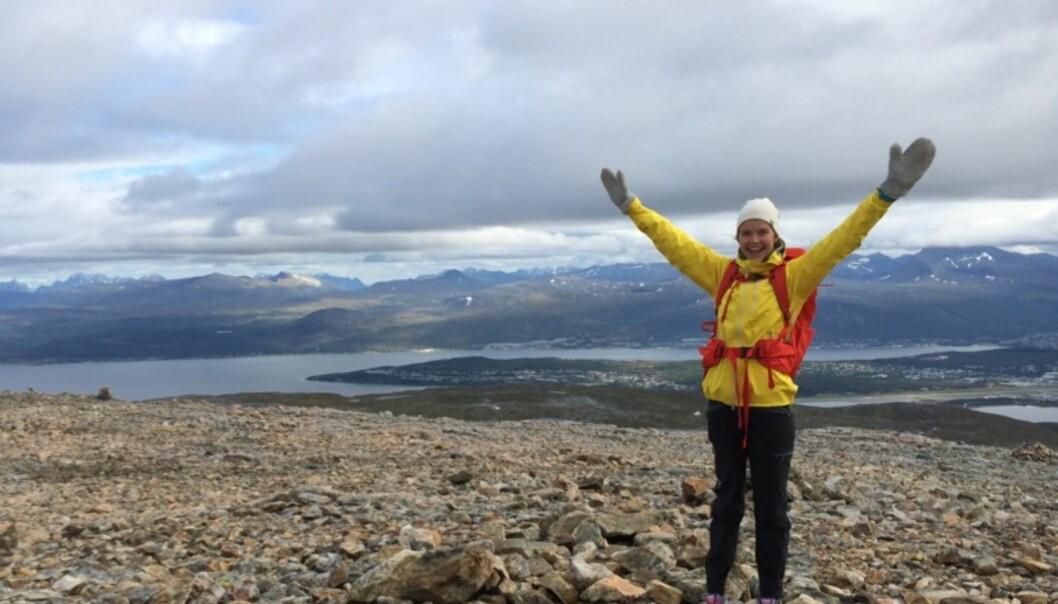 HAR KOMMET EN LANG VEI: Til tross for all motgang, har Cecilie kjempet seg tilbake, og nå går hun lange turer i fjellet. FOTO: Privat