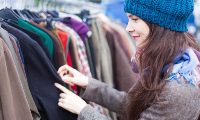 17bf7cbf BYTTEFREDAG: Det blir tilbudt mulighet til å fikse og bytte klær på fredag  over hele
