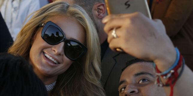 image: Paris Hiltons selfie-bløff ble grundig avslørt. Snur etter heftig kritikk