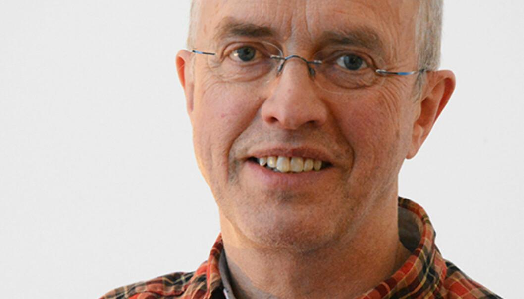 PROFESSOR: Harald Torsteinsen har forsket på styring av kommunale selskaper. Han anbefaler Oslo Havn å møte diskusjonen rundt Kina-reisene med åpenhet. Foto: Kjetil Nilsen, Universitetet i Tromsø.