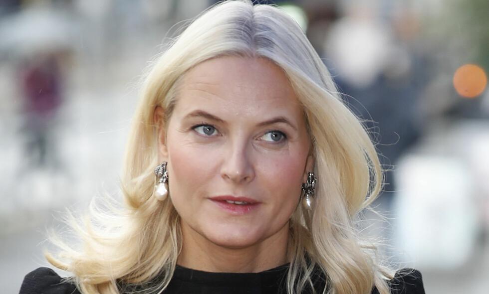 MÅ AVLYSE: Kronprinsesse Mette-Marit har fått krystallsyke, og må ta noen dagers pause fra offisielle oppdrag. Foto: Lise Åserud / NTB scanpix