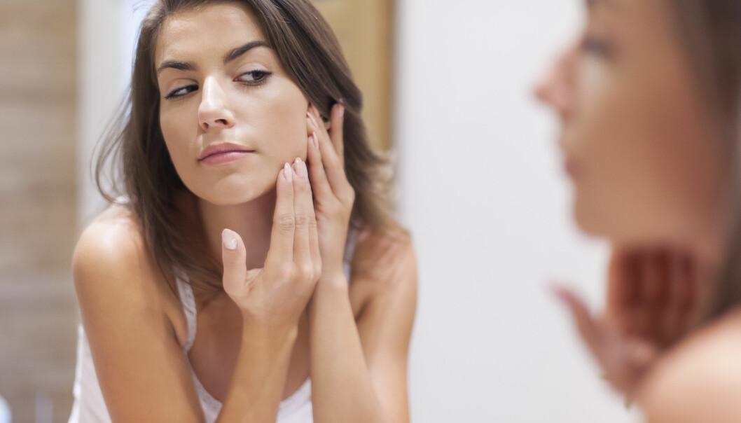 STRESSET HUD: Huden er blant organene våre som sier fra når vi stresser for mye, forklarer ekspertene. FOTO: NTB Scanpix