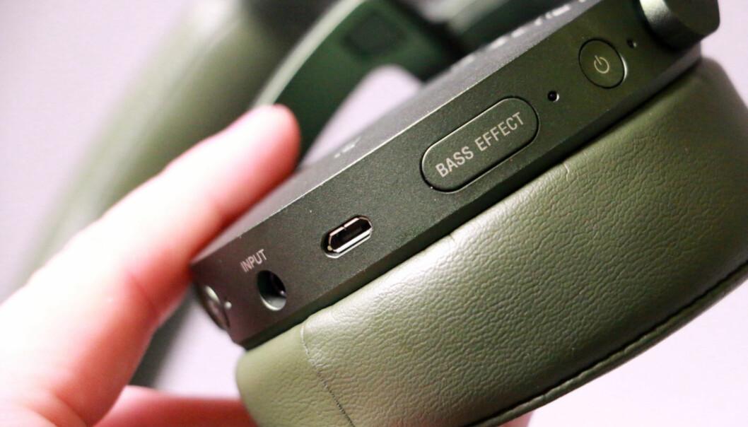 Blir du glad når du ser denne knappen, bør du slå til på Kompletts tilbud på XB950N1 i dag.