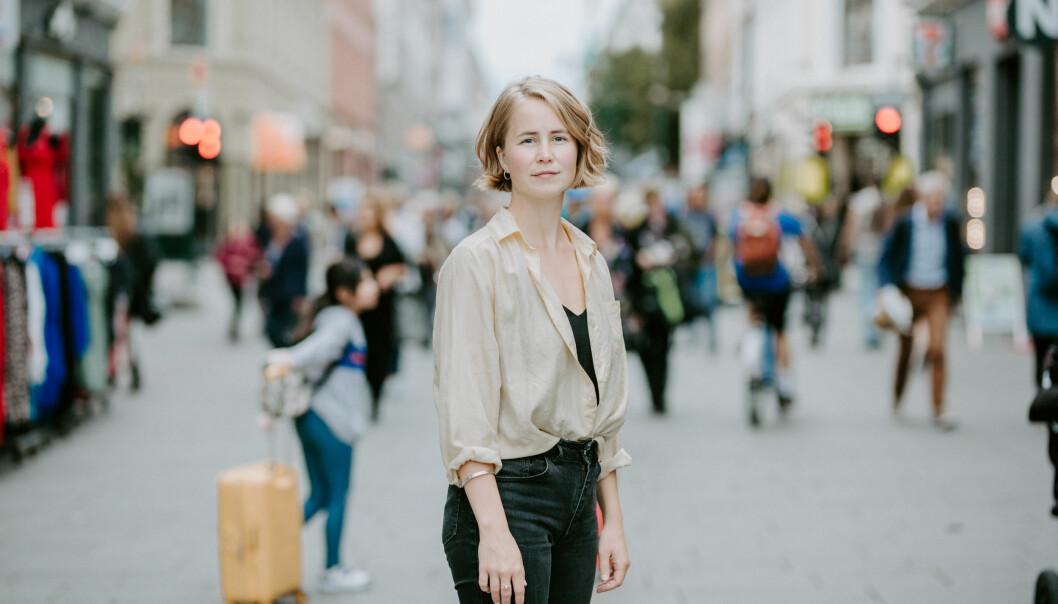<strong>OPPGITT:</strong> Anja Bakken Riise, leder for Framtiden i våre hender, synes hele Black Friday-konseptet er uansvarlig, og ønsker å innføre en etikklov, som gjør det lettere for forbrukerne å velge miljøvennlig når de handler. Foto: Renate Madsen.