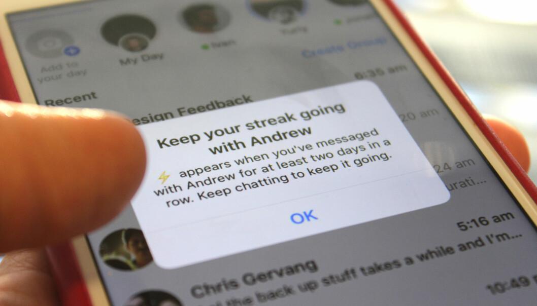 <strong>NYTT I MESSENGER:</strong> Facebook har begynt å teste ut en ny funksjon i Messenger som oppfordrer deg til å ikke slutte å chatte med vennene dine - eller rett og slett å bruke Messenger mer. Foto: Kirsti Østvang