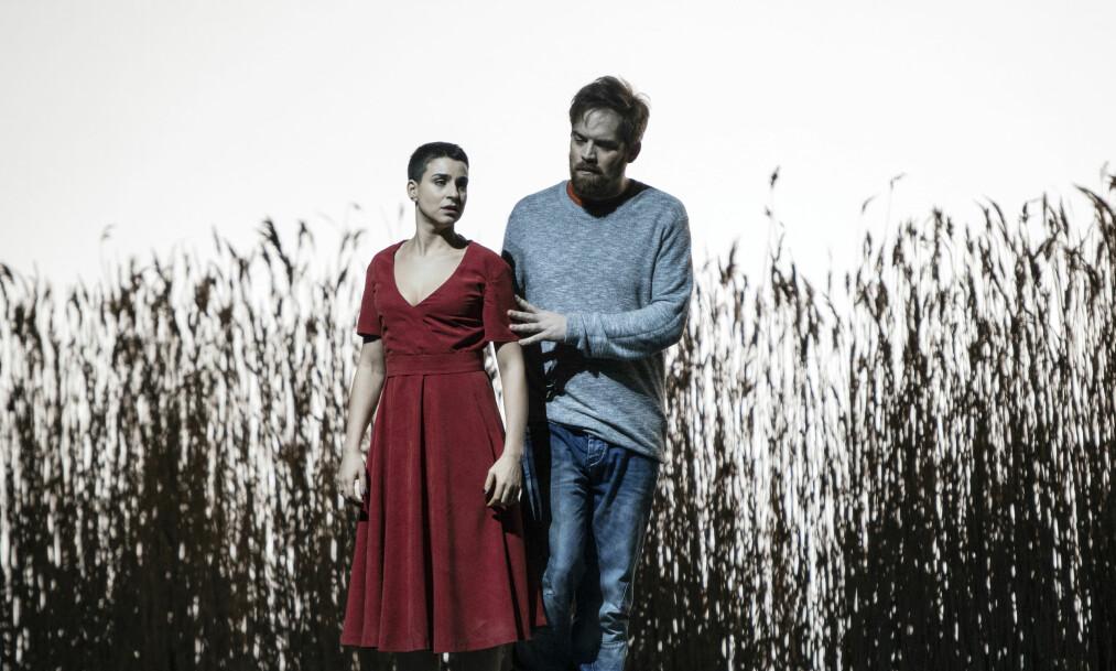 OPERA SOM ANBEFALES: Marie (Asmik Grigorian) og Audun Iversen (Wozzeck) i en opera som viser at det er kort vei fra håp til katastrofe. FOTO: Erik Berge, Den Norske Opera & Ballett