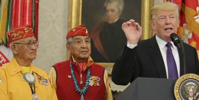 image: Trump med «motbydelig» Pocahontas-spøk