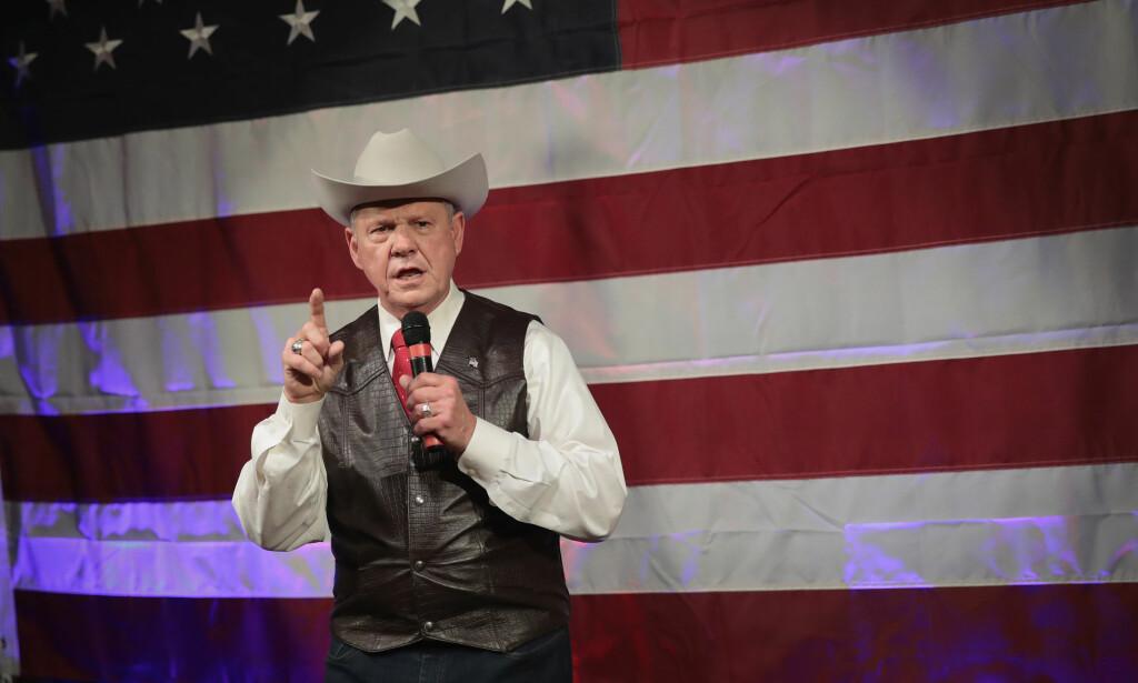 KAN BLI SENATOR: Den svært omstridte dommeren Roy Moore kan bli nye senator for Alabama i spesialvalget tirsdag. Foto: AFP PHOTO / GETTY IMAGES NORTH AMERICA / SCOTT OLSON