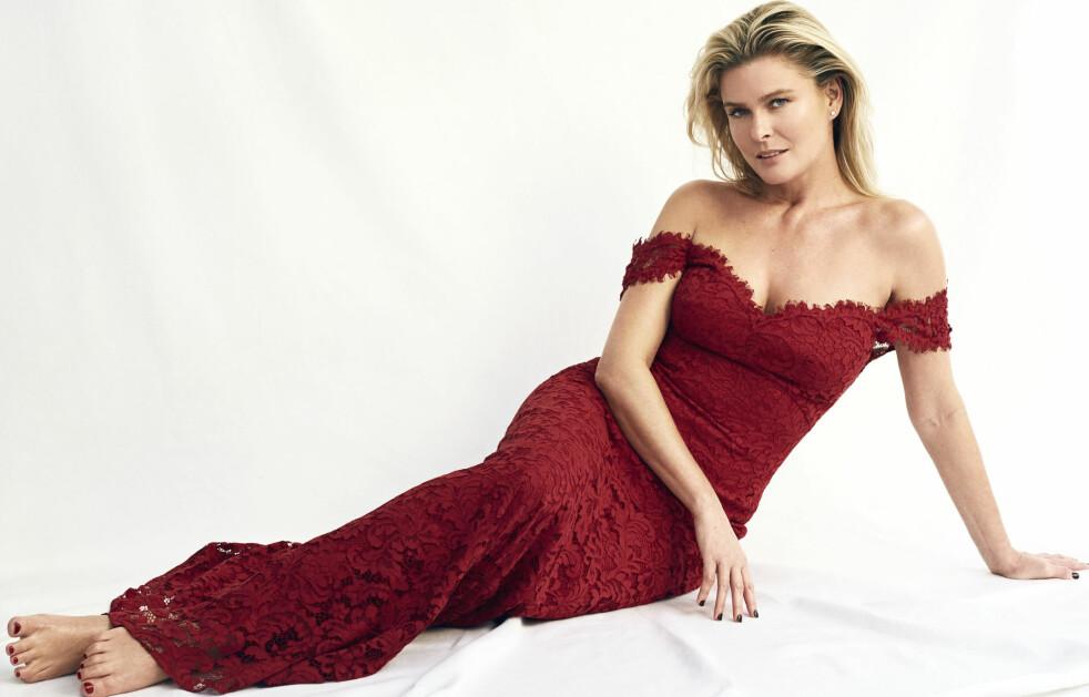 <strong>VENDELA KIRSEBOM:</strong> - Mote for meg er kjempegøy! Det er luksus å bli stylet og få på meg fantastiske kjoler, sier Vendela. FOTO: Janne Rugland