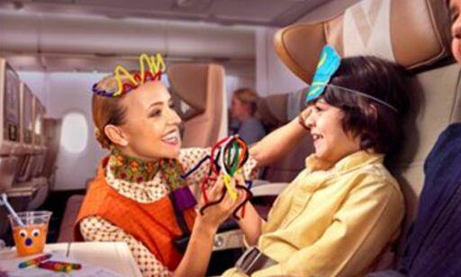 image: Dette flyselskapet tilbyr egne barnevakter om bord