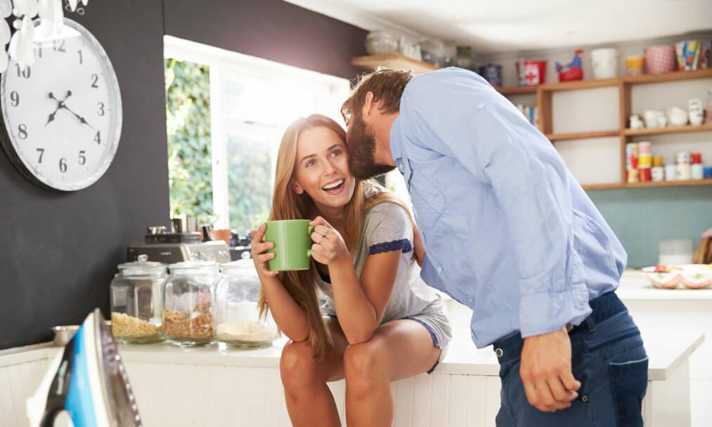 IKKE SÅ MYE SOM SKAL TIL: Men det er noen små ritualer som fornøyde par er flinkere til å gjennomføre, enn de som mistrives i forholdet. FOTO: NTB Scanpix