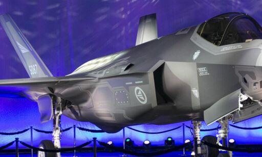 image: Norge skal kjøpe kampfly til over 260 milliarder kroner. Det er de 52 elefantene i rommet
