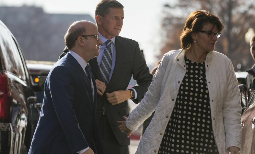 Trumps tidligere rådgiver sier seg skyldig i å ha løyet om sin Russland-kontakt