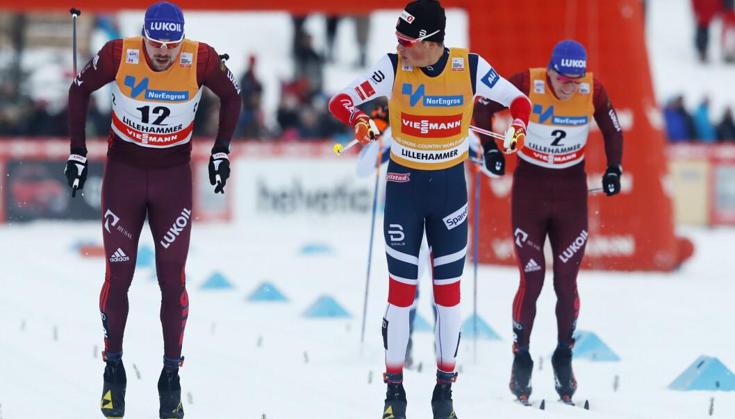 <strong>DE NYE STJERNENE:</strong> Johannes Høsflot Klæbo (21) vant foran Sergey Ustiugov (25) og Aleksandr Bolsjunov (20) på Lillehammer. Sleng på Aleksandr Tsjervotkin (22) og du har en ny generasjon som er i ferd med å overta hegemoniet. Snart kommer det enda flere fra Klæbo-kullet. Foto: Terje Bendiksby / NTB scanpix
