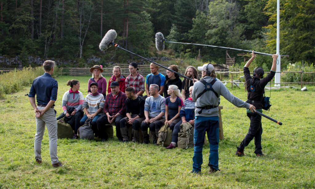 «ACTION»: TV-seerne får bare med seg en brøkdel av alt som foregår under innspillingen av «Farmen». Her fra den første innspillingsuka under årets sesong. Foto: Alex Iversen / TV 2
