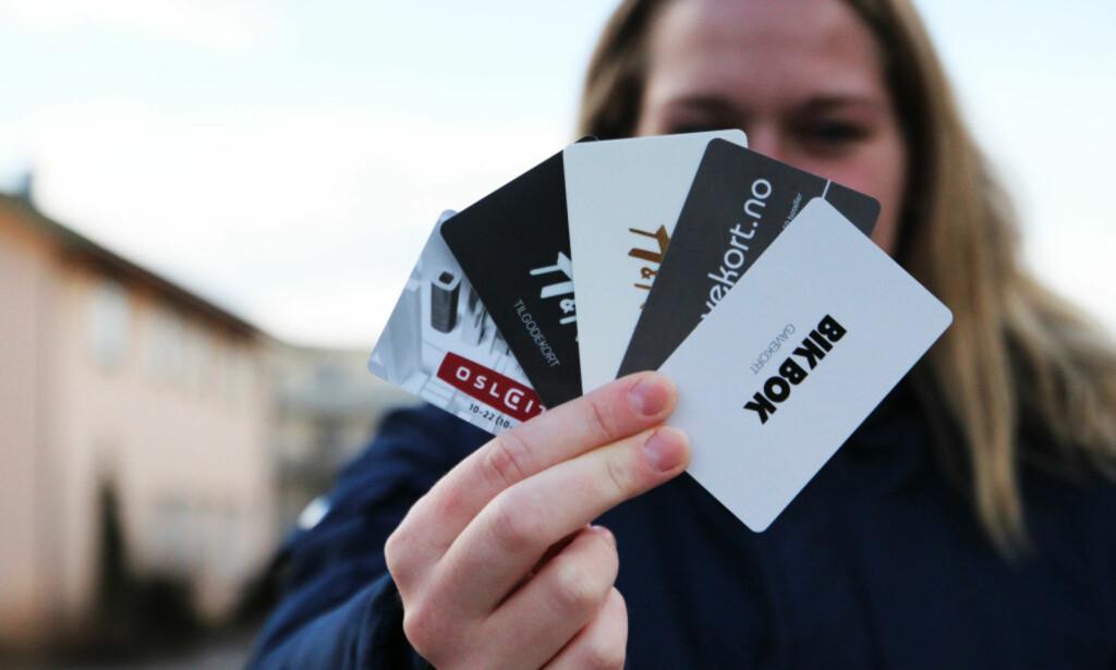 IKKE BRUKT = BORTKASTET: Forbrukerrådet anbefaler deg å heller gi penger til veldedighet, framfor å kjøpe et gavekort som ikke blir brukt. Foto: Ann Kristin Andreassen.