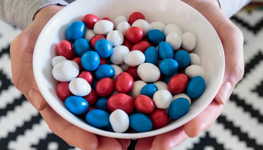 TILSATT SUKKER: Litt er ikke farlig, men for mye tilsatt sukker er ikke bra. FOTO: NTB Scanpix