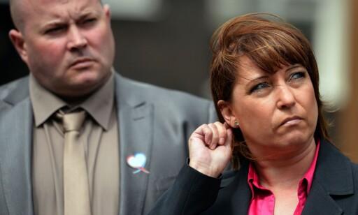 MOR: James Bulgers mor, Denise Fergus, uttalte seg til pressen i forbindelse fengslingen av Jon Venables. Foto: AFP PHOTO /PAUL ELLIS / NTB scanpix