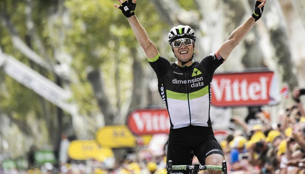 <strong>ENDELIG:</strong> Seks år etter hans forrige seier i touren kunne endelig Edvald Boasson Hagen igjen strekke armene over hodet og juble da han vant den nittende etappen av årets Tour de France fra Embrun til Salon-de-Provence. Foto: AFP PHOTO/Jeff PACHOUD/NTB Scanpix