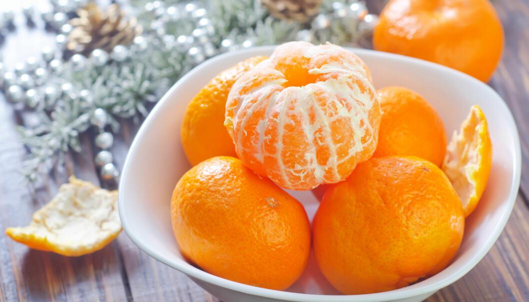 KLEMENTINER PÅ BORDET: Ikke la frukten ligge for lenge i romtemperatur, det øker sjansen for at den mugner. FOTO: NTB Scanpix