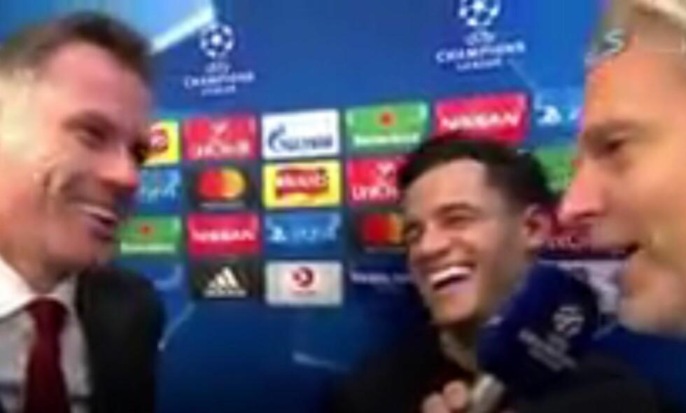 GOD STEMNING: Både Jamie Carragher og Philippe Coutinho lo av Fjørtofts spøk. Foto: Skjermdump Viasat