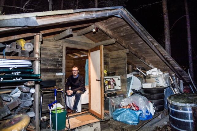 FORTVILET: Piotr Mantoriski er ansatt som malerbas i Afore. Han ble ansatt av Roger Wilhelmsen. Han bor i en redskapsbod. Foto: Lars Eivind Bones / Dagbladet